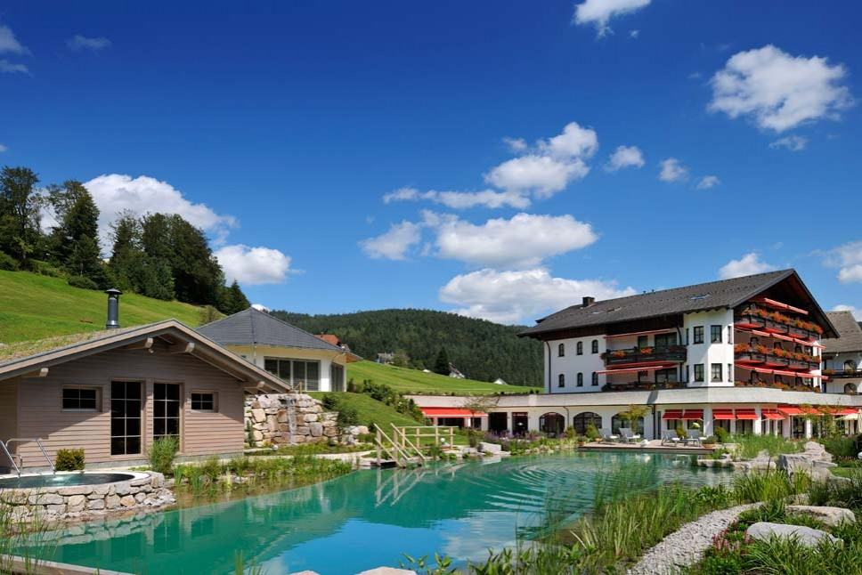 Hotel mit beheiztem aussenpool deutschland