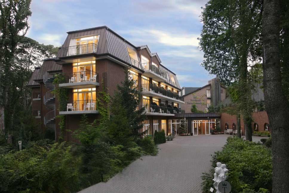 Waldhotel Tannenhäuschen **** superior – Wesel | Niederrhein | NRW
